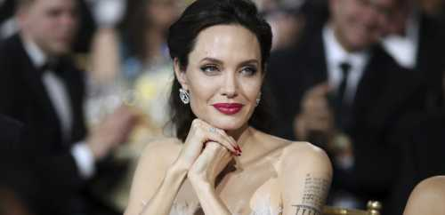 Джоли решилась на четвертое замужество
