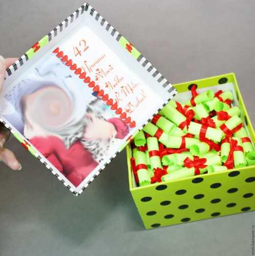 Первый подарок любимому человеку: что подарить
