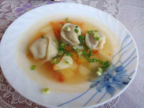 Рецепты супа с пельменями, секреты выбора