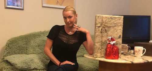 Волочкова показала драку сестер Зайцевых с гостем шоу На самом деле