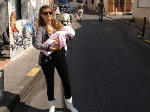 Виктория Боня показала дочь в твиттере