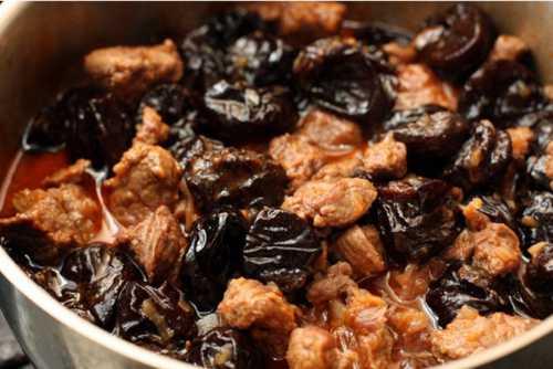 Узнай рецепт говядины с черносливом, секреты
